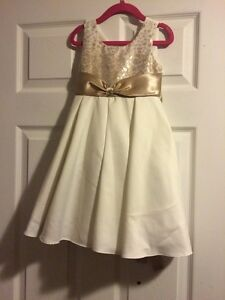 GUC 4T Ivory & Gold Flowergirl Dress