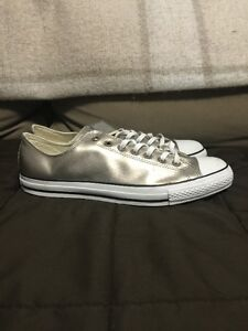 Converse Men Shoes Size 13, Brand New, Gold/White