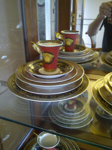 VERSACE DINNER SET AND WINE GLASSES London Ontario image 3