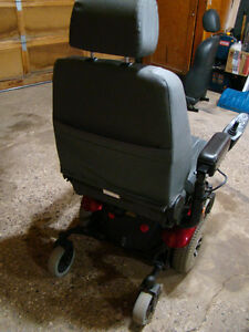 MERITS Power Wheelchair P326A Mid-Wheel Drive Moose Jaw Regina Area image 3