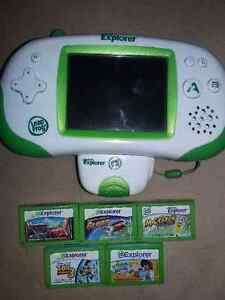 Leapster explorer green with camera and 5 games