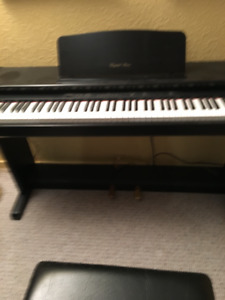 Electric Piano/Bench