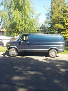 RECONDITIONED HUNTING / CAMPING VAN MUST SELL