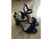 Brand New NewLook sandals size 5