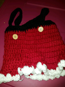Photo prop knitted Santa dress 0 to 3 months
