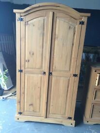 Mexican pine wardrobe great condition