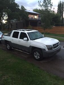 Chevrolet Avalanche 195km fully loaded