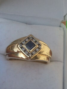Very nice looking ring sapphire and 12 diamonds