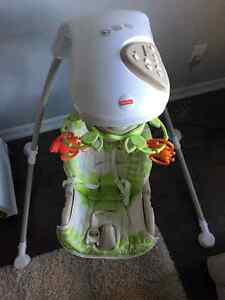 MINT CONDITION FISHER PRICE BABY SWING Cambridge Kitchener Area image 2