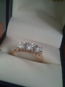 BEAUTIFUL  DIAMONDS ,THIS RING IS A STUNNER FOR SURE