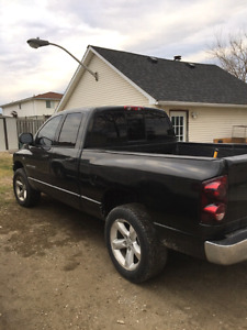 07 Ram 1500 4x4 5.7 Hemi safety and etested