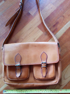 handmade soft leather purse, excellent condition