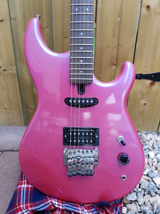 Vintage 80s Yamaha SE250 electric guitar