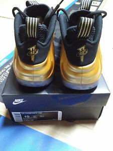 Nike Air Foamposite One Gold jordan adidas Size 10 DS Stratford Kitchener Area image 4