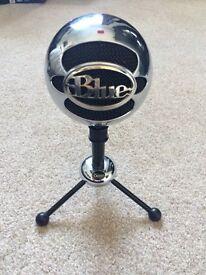 Blue snowball studio microphone (brushed aluminium)