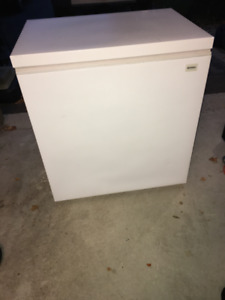 Kenmore Chest Freezer 7 cu ft