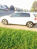 VW Rabbit 2008----EXTREMELY CLEAN!!!!