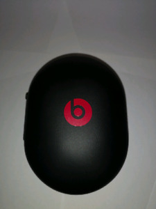Beats by Dre Studio3 wireless headphones