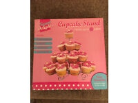New boxed Cupcake Holder