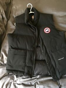 Canada Goose victoria parka replica store - Canada Goose Jacket | Buy or Sell Clothing in Ontario | Kijiji ...