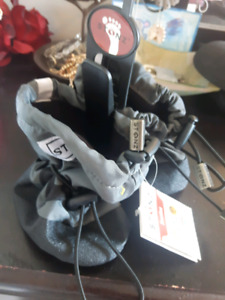 NWT Stonz Boots Size S