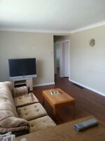 Furnished Student Rental - Collier Rd S