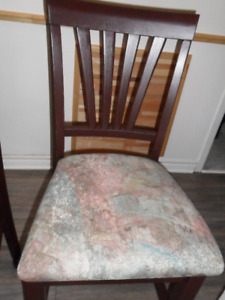 Chaise haute pour comptoir ou table bistro