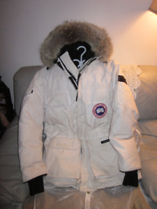 AUTHENTIC MENS CANADA GOOSE EXPEDITION PARKA SIZE S RARE WHITE