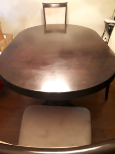 Dinning set table with 4 chairs