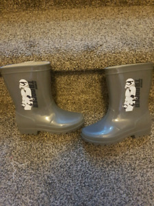 Boys Star Wars size 11 Rubber Boots