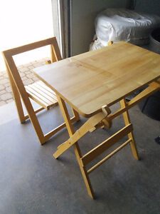 Barecook stand with chair