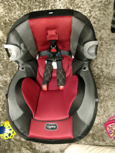 Evenflo Triumph Convertible Carseat