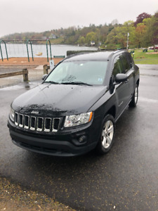 2012 Jeep compass, approximately 78,000 km Very Good condition