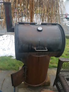 Heavy Duty BBQ, Smoker, Wood Stove