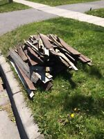 Curb alert: free wood from an old fence