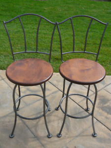 Counter stools (chair)