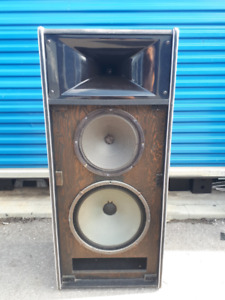 "1 Yorkville 3 way double 15"" plus 12"" + horn pa speaker"