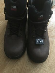 Get steel toe safety boot size 13 brand new