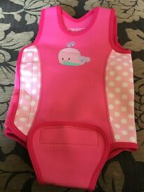 Girls / Baby wetsuit size 12-24 months & swim over nappy