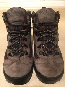 Kids Columbia Waterproof Omni Tech Winter Boots Size 5.5 London Ontario image 2