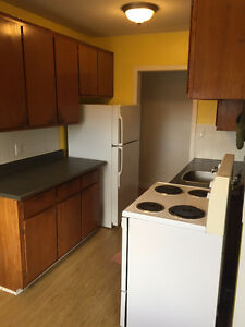 2-bed Apt - June 1st - Great Location