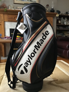 TAYLORMADE GOLF BAG AUTOGRAPHED  1200.00
