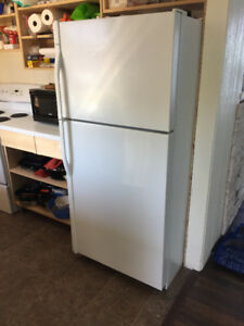 Kenmore white full size refrigerator and stove