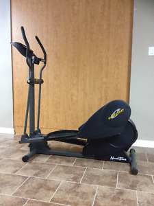 Elliptical NordicTrack E7