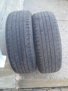 2 PNEUS / 2 ALL SEASON TIRES  225/60/17 KUMHO SOLUS