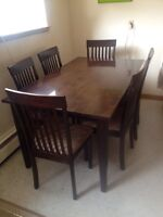 Cappuccino Coloured 7 Piece Dining Room Set