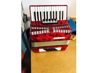 48 bass accordion made in Germany nice with case