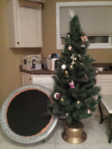 5ft Christmas tree with stand