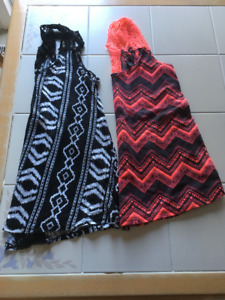 2x Girls pattern tanks in size Medium (14/16) from Forever 21