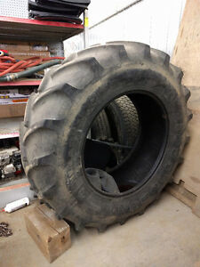 Tractor tire Firestone Radial 8000  18.4R34 with tube